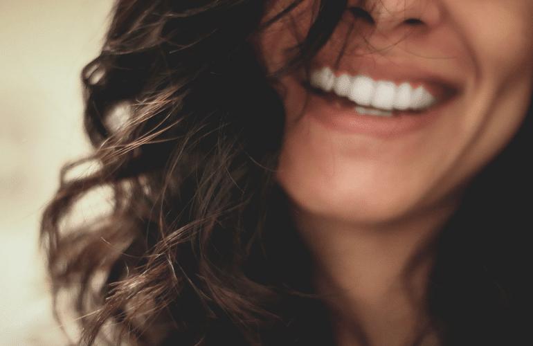 sonrisa dientes paciente